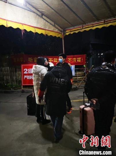 22岁浙江台州退役军人深圳救童牺牲 目击证人已找到