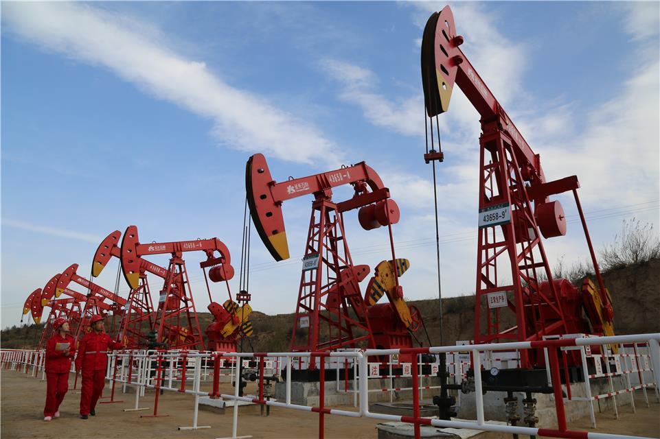 """延长油田:挖潜增效""""挤""""石油"""