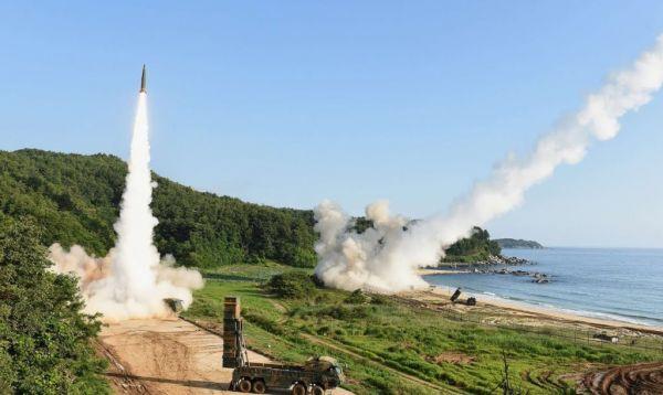 """运载火箭可用固体燃料 美再为韩国研制弹道导弹""""松绑"""""""