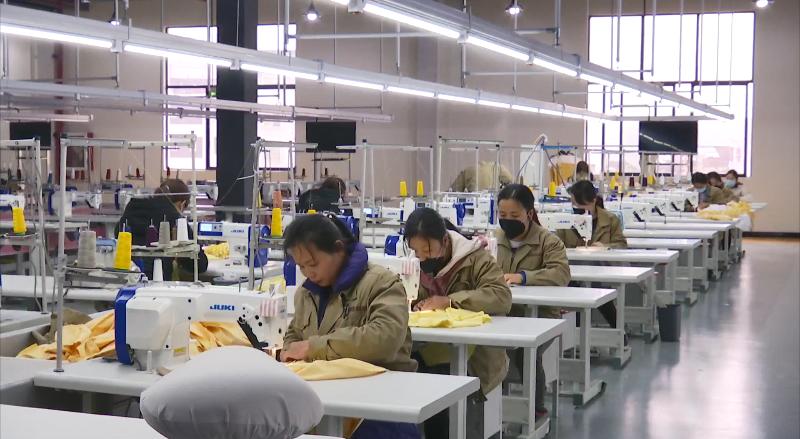 """中小型民营企业面临挑战如何化""""危""""为机 ?贵商大会告诉你"""