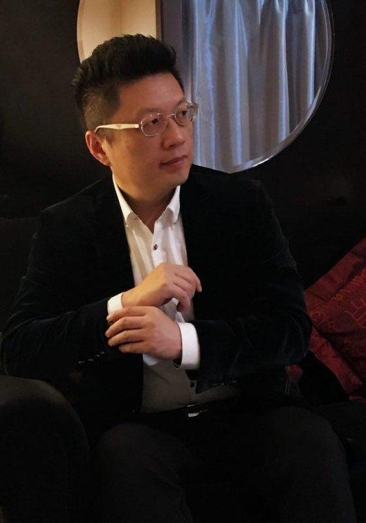 辉煌画派成主流,邢东演绎跨界美