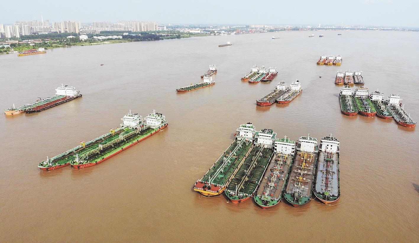 长江三号洪水平稳过境沙市