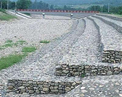 护坡固坝 智能监测 村民心安 ──探访蓟州区杨庄水库和相连的泃河疏浚河段图片
