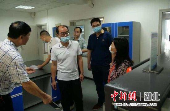 湖北省运动服饰产品质检中心在荆门高新区通过验收