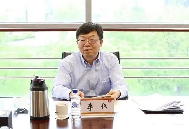 两名副省级领导同日履新,含一名河南籍