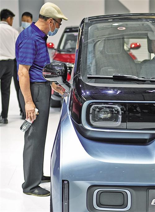 造车新势力加速淘汰 部分车企半年仅卖个位数