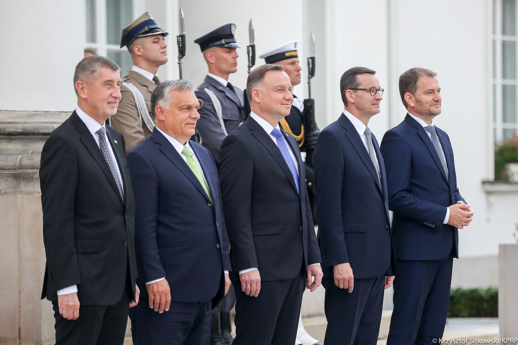 """维谢格拉德四国集团领导人峰会举行 波兰提出""""重返正轨""""口号"""