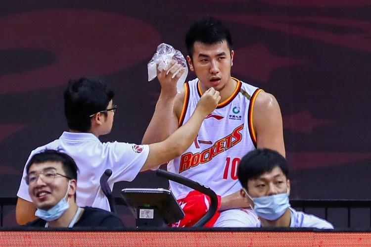 邹雨宸CBA生涯盖帽数超沙弗里克-兰多夫 升至历史第39位