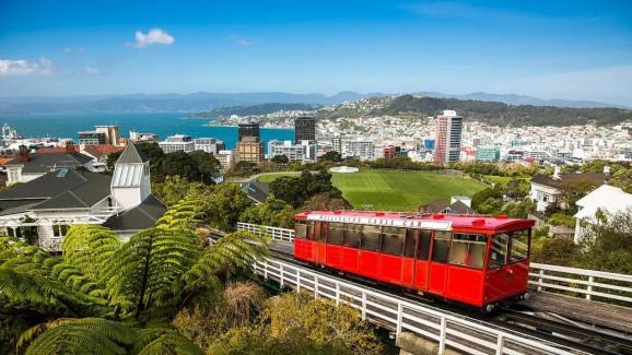 新西兰首都为什么从第一大城市奥克兰迁到惠灵顿?