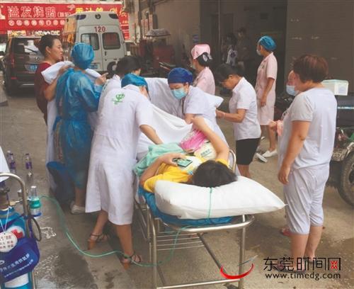 中堂一孕妇提前分娩,群众医护合力接生