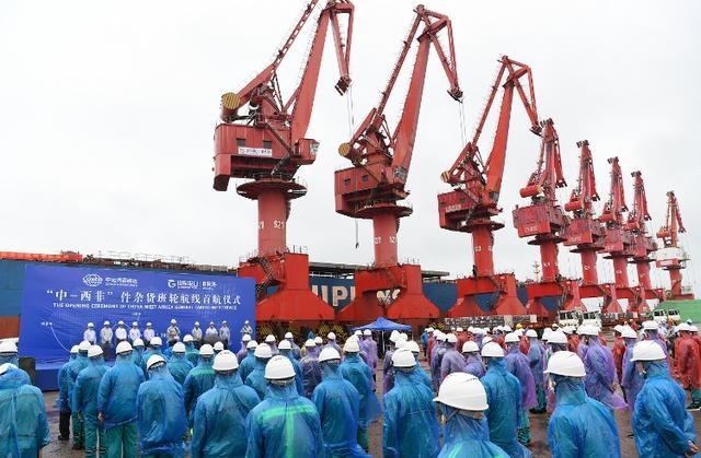 """中远海运散运、山东港口日照港""""中-西非""""件杂货班轮航线顺利开通"""