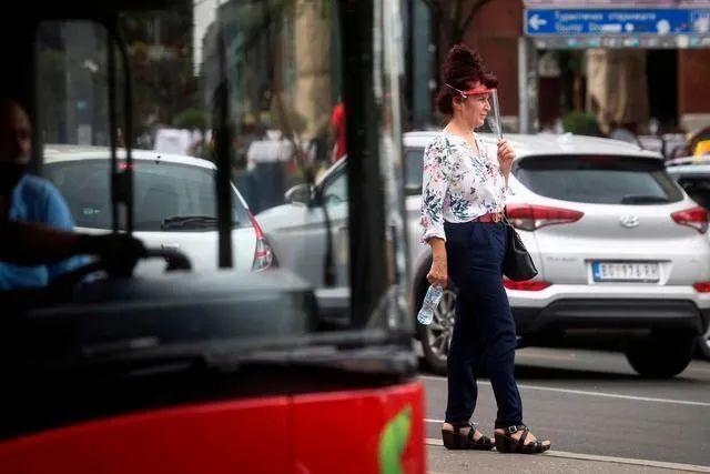 疫情反弹塞尔维亚首都进入紧急状态|塞尔维亚|爆发|贝尔格莱德