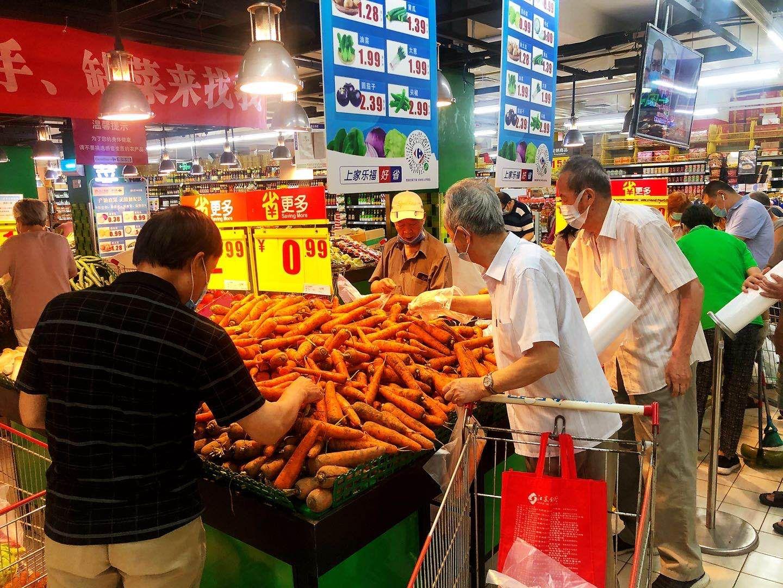 杏悦,务局调杏悦配100吨山东蔬菜上架图片