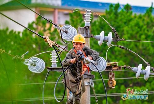 泰和:农村电网升级为脱贫攻坚添动能