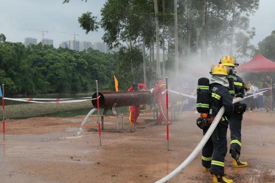 钦南柳成品油管道泄漏应急演练在钦州举行
