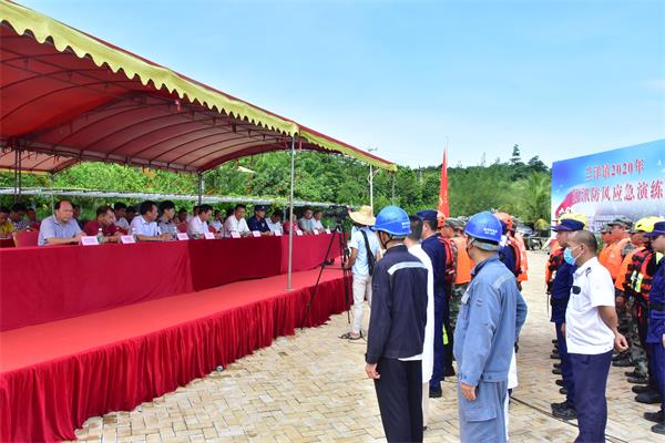 海南儋州消防参加防风防汛综合应急演练