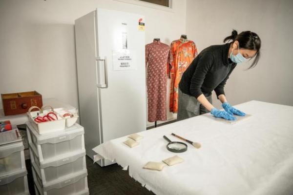 冷柜里存藏品?澳华博物馆就是这么做的,存的还是古董纺织品