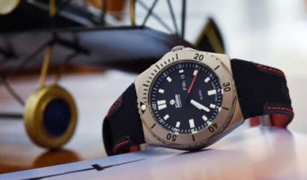 曾为飞行员用表 具有行动派的腕表