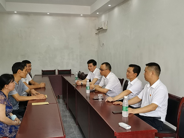 萍乡经开区社会工作管理三局开展走访慰问活动