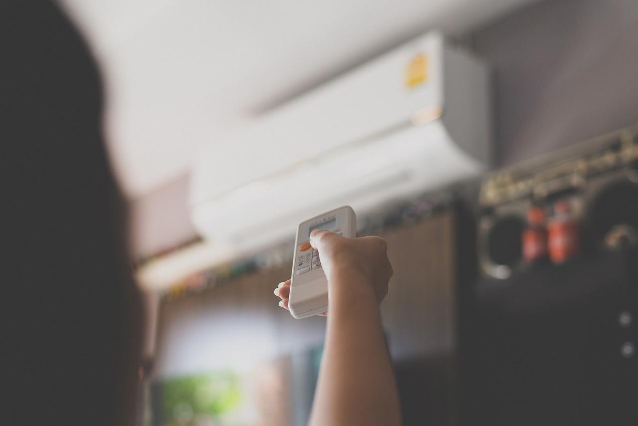 空调新规渠道商有三个担忧,当务之急活着比新国标更重要
