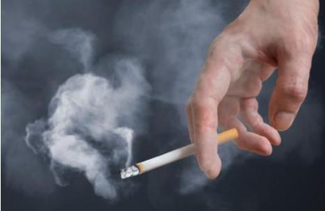 超四成人有小气道功能障碍,吸烟者患病风险高16%,应尽早戒烟