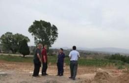 武乡县水利局主要负责人到石圪垤施工现场检查指导(石圪垤村供图)