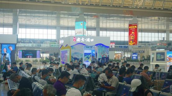 浦口南京南站高铁展位亮相,成为旅客了解浦口新窗口