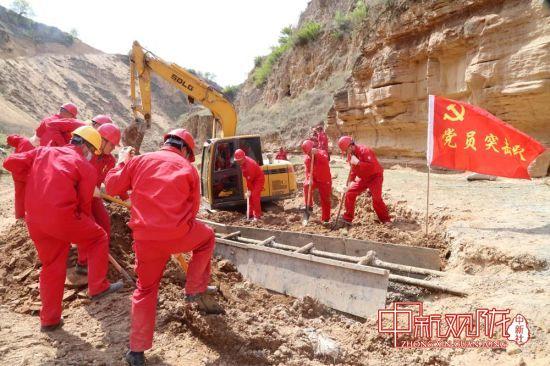 长庆油田推清水试压检漏更换集输管线逾百公里