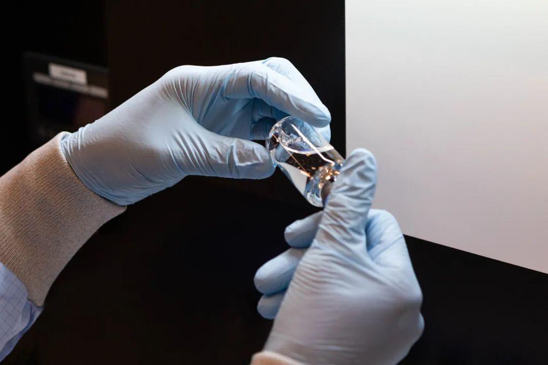 吉利德就瑞德西韦向美国FDA提交新药申请,用于治疗新冠