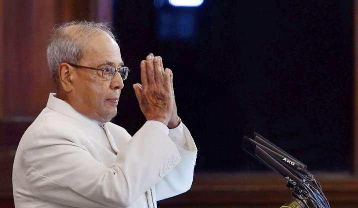 确诊新冠肺炎 印度前总统慕克吉手术后病情危重