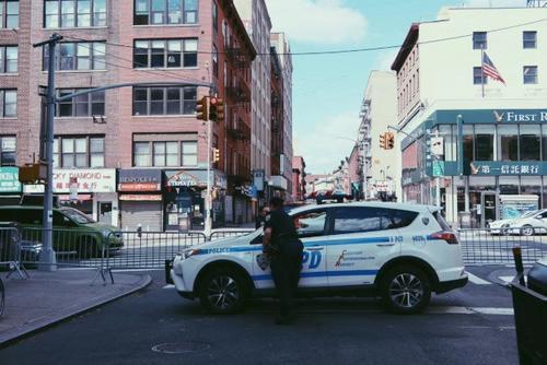 美媒:纽约华埠盗窃案频发 受害者多为华裔老人