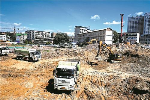 永州湘江西岸棚户区改造杨家花园安置小区建设工地繁忙施工