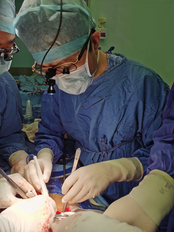 """罕见""""熊猫血""""胆道闭锁患儿生命垂危 夏强团队成功完成无输血亲体肝移植手术"""