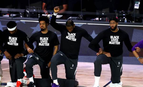 特朗普批评NBA球员下跪抗议:你们不尊重美国国旗国歌
