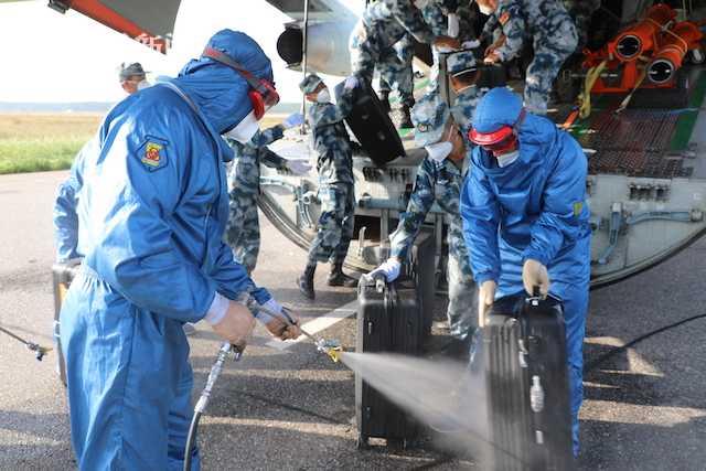 """视频 中国空军空降兵抵俄 参加""""国际军事比赛-2020"""""""