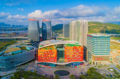 打造新型城市产业发展商,珠海大横琴集团并购世联行