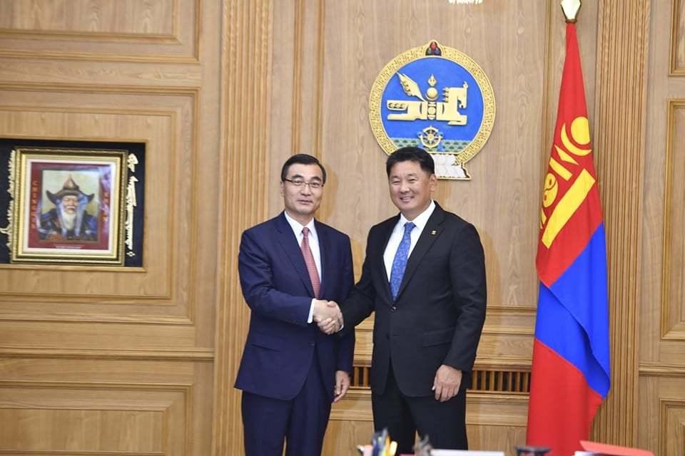 蒙古国总理:愿共同推动蒙中全面战略伙伴关系不断拓展深化