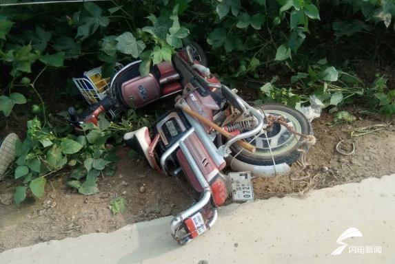 滨州阳信一男子骑电动车摔倒昏迷 关键时刻车牌发挥大作用