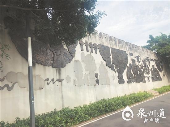 北滨江公园笋浯园铜雕多处丢失!部门回复:缺失铜雕被人偷,目前无法修复