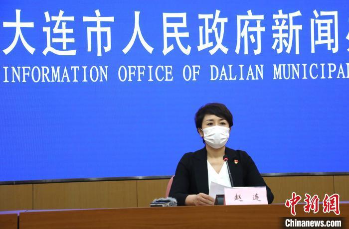 图为大连市卫生健康委副主任赵连。 杨毅 摄