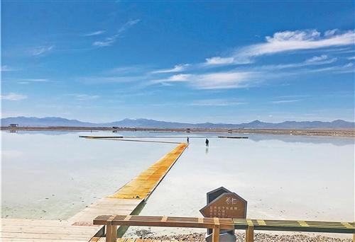 青海湖畔,日子越过越美