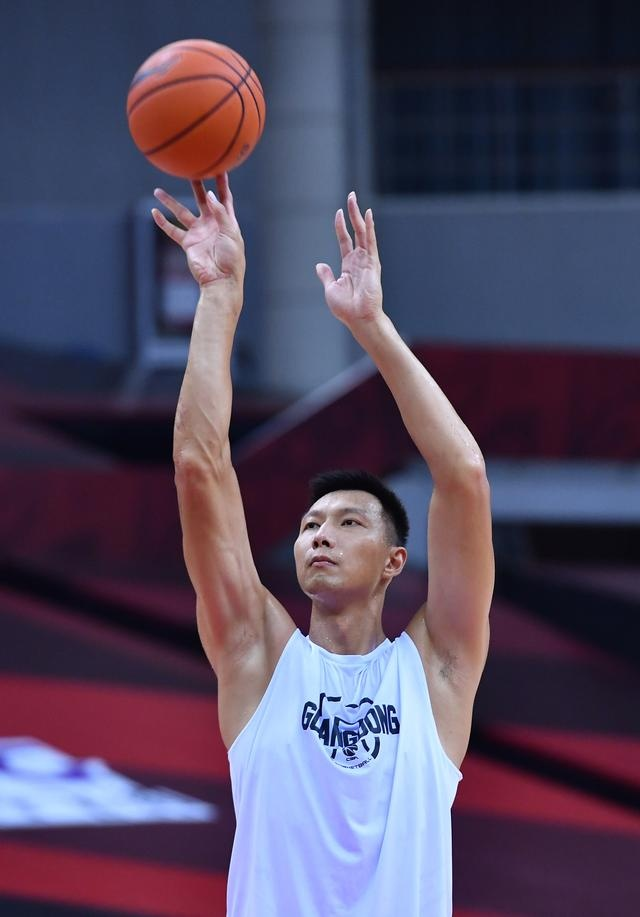 篮球——CBA联赛总决赛:广东东莞银行队备战