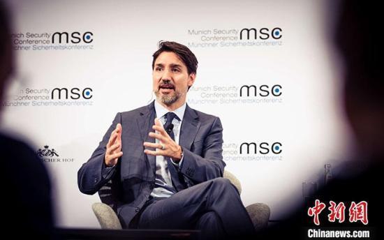 """加拿大反对党欲借助学金风波对总理特鲁多""""逼宫"""""""