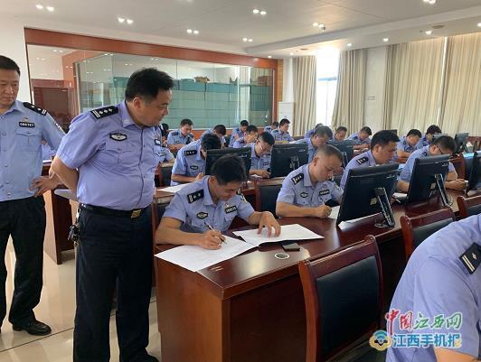 万年县公安局举行2020年第二次模拟高级执法资格考试