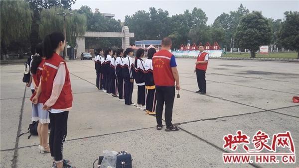 濮阳市学校与社区结对助力文明城市创建