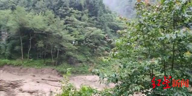 四川广元旺苍山体滑坡致1人死亡2人失联 抢险工作正紧张进行
