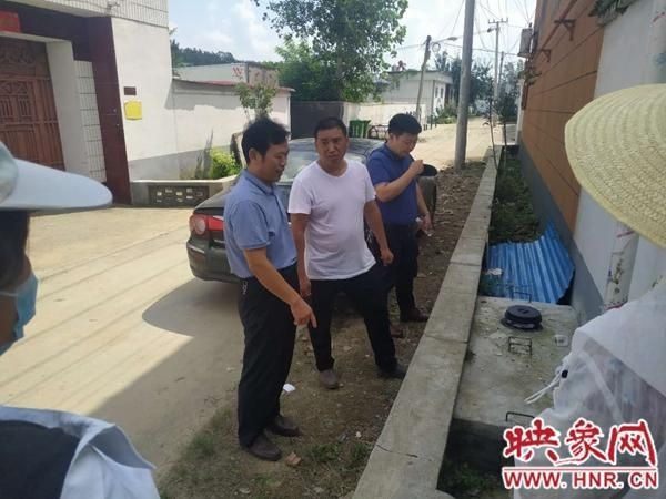 汝南县农业农村局到遂平县石寨铺镇交流户厕改造经验