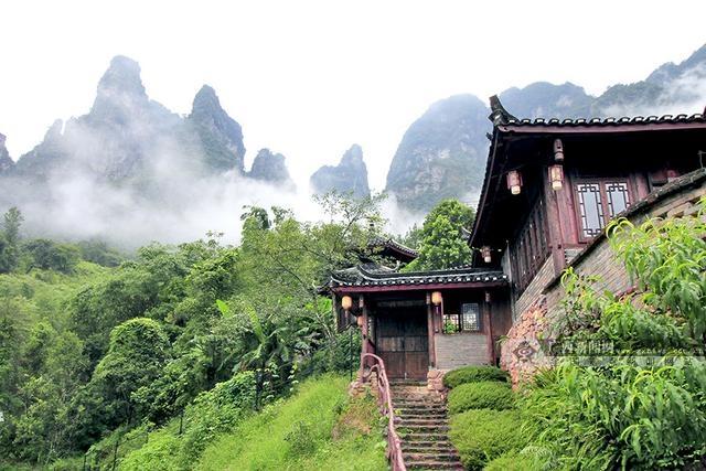 中建四局悦桂绿地·新世界项目获两项省、市级荣誉