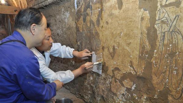 陕西:唐墓壁画修复再现唐代生活场景【组图】