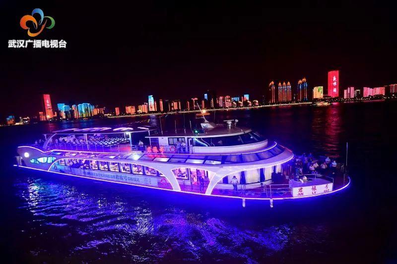 武汉因汛停航43天的轮渡航线8月19日起复航